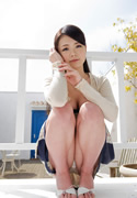 Kana Tsuruta 鶴田かな thumb image 04.jpg