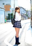 ririka suzuki  thumb image 03.jpg